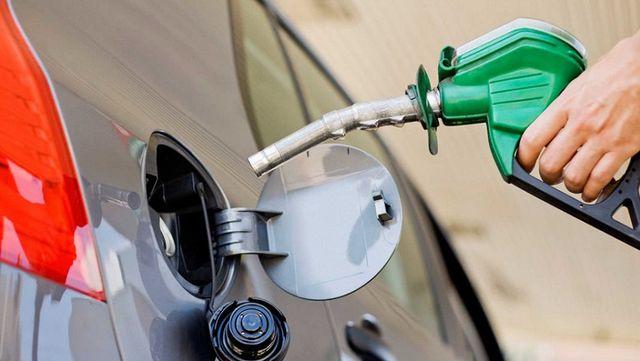 Más aumentos para el 2019: prevén alza del precio de la nafta del 25%