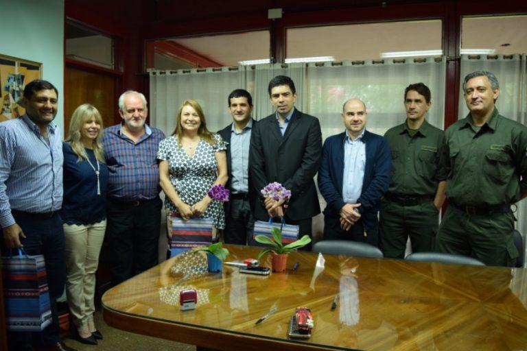 Firma de convenio fortalecerá la carrera de Guardaparques