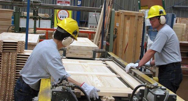 Informe oficial: en un año, se perdieron casi 120 mil empleos registrados