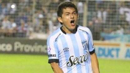 El Pulga Rodríguez dejó Atlético Tucumán y jugará en Colón