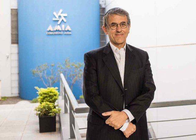 """El titular de AMIA pidió licencia """"por tiempo indefinido"""", tras el memorando con Irán"""