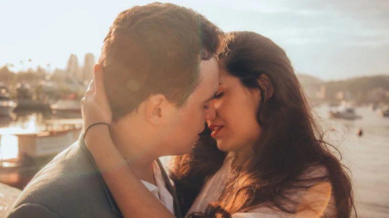 Por qué se celebra el Día internacional del beso