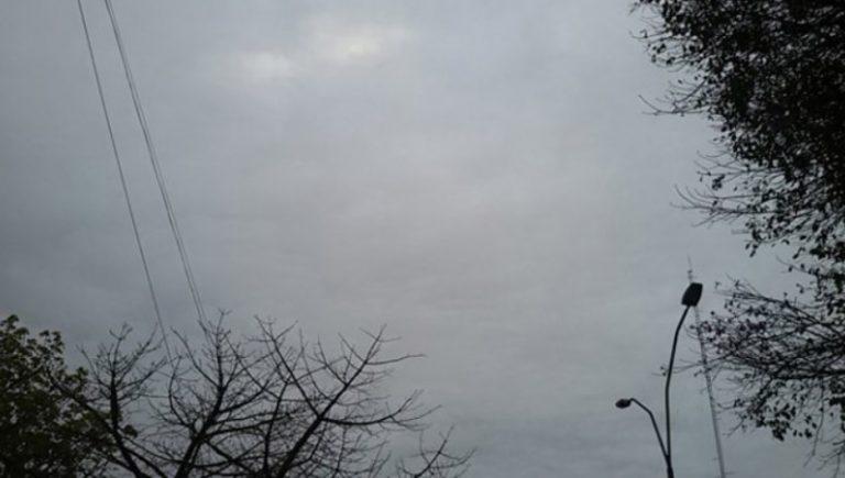 Tiempo: un frente frío polar ingresa a la región generando lluvias