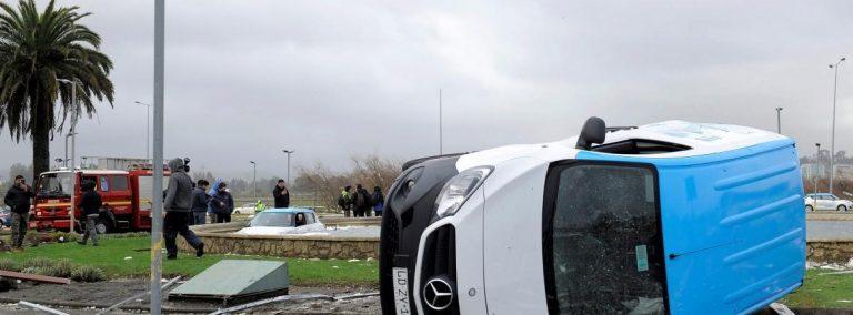 Al menos un muerto y más de 20 heridos tras un tornado en Chile