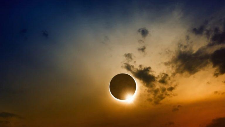 Un gran eclipse solar total se verá en la Argentina