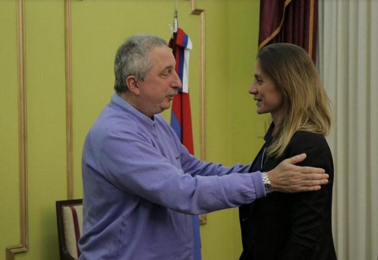 Passalacqua se reunió con la hermana de la obereña Eliana Krawczyk, submarinista del ARA SAN JUAN