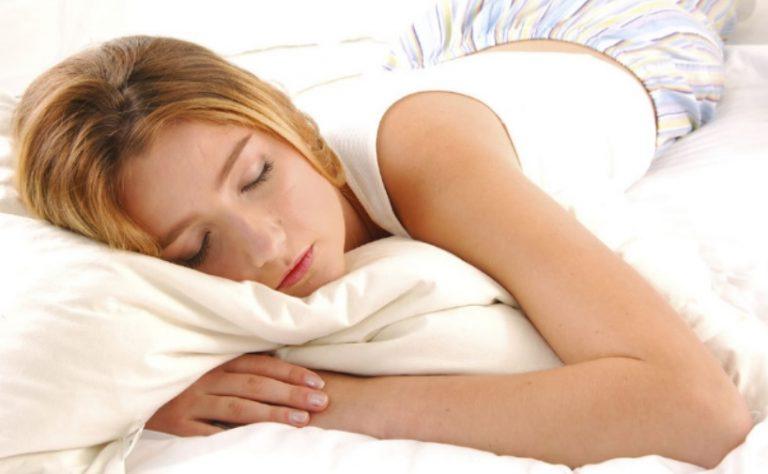 Los 7 hábitos que nos hacen dormir mal
