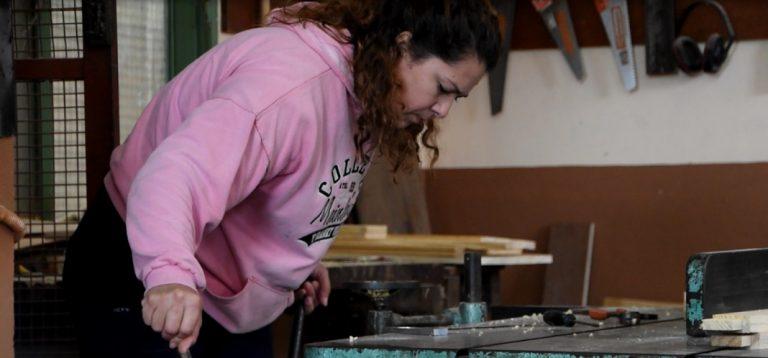 """""""Emplea Mujer"""": capacitan a 20 posadeñas en oficios en el Centro Educativo Integral San Jorge"""