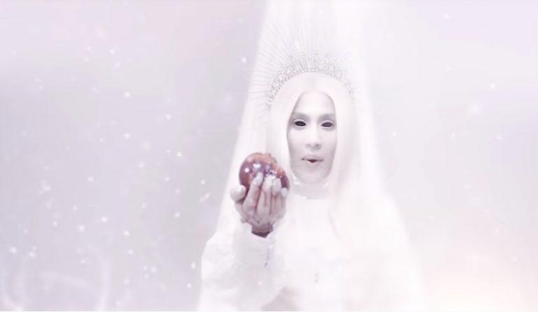 Jimena Barón presentó nuevo videoclip y jugó a ser la Reina de las Nieves