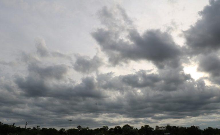 Tiempo: para este domingo se esperan chaparrones y descenso en las temperaturas por la noche