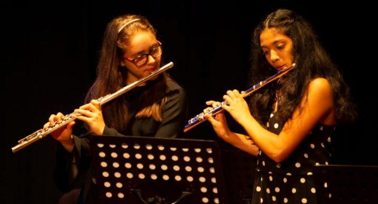 El sábado presentarán un concierto de flautas en el Teatro Prosa