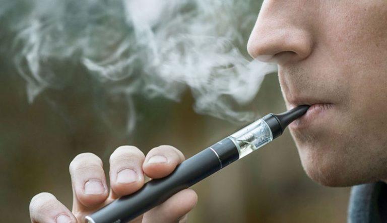 Cigarrillo electrónico: piden a la Anmat restringir su venta por sus efectos nocivos