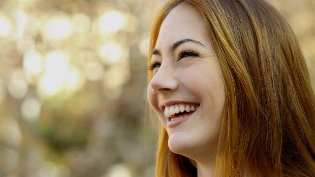 Agradecer, sonreír, no criticar: consejos para evitar problemas cardíacos