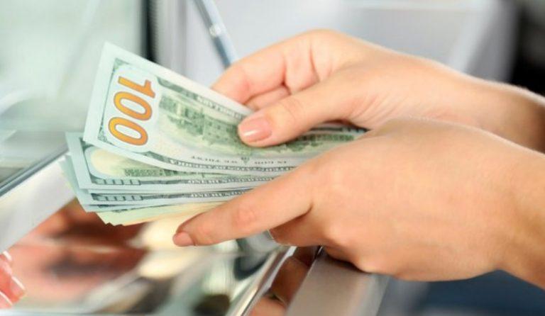 El dólar oficial se volvió a disparar: en casas de cambio de Posadas se vende a $66 y $68
