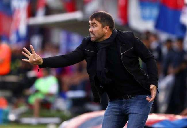 Coudet dejará de ser el técnico de Racing en diciembre y se irá al Inter de Brasil