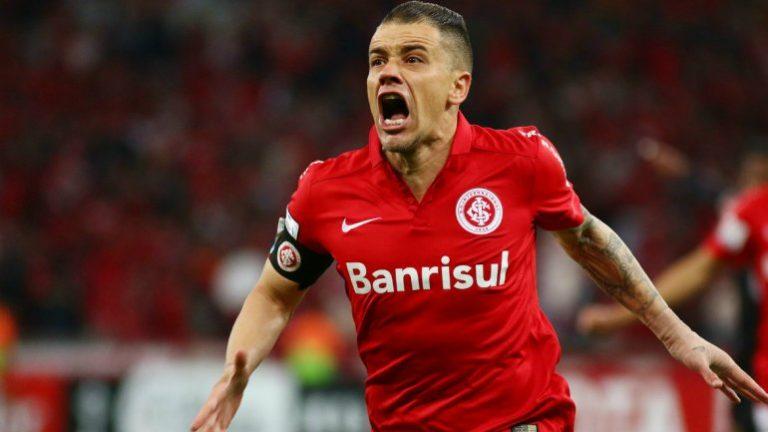 Andrés D´Alessandro acordó la renovación de su contrato con Internacional de Brasil