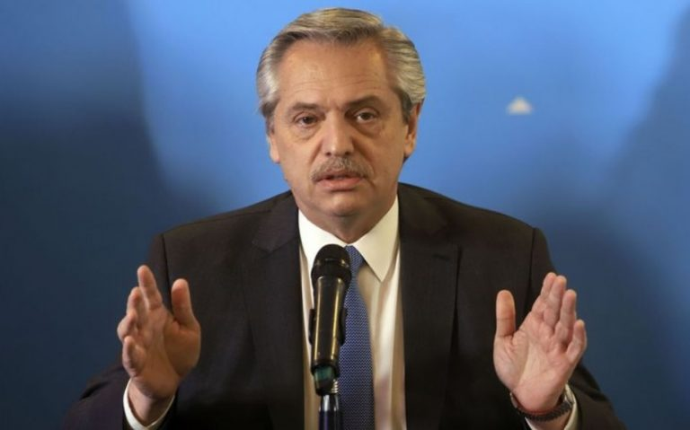 Alberto Fernández declaró la emergencia ocupacional y decretó doble indemnización por 180 días