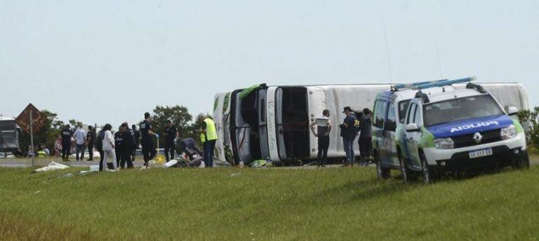Tragedia en la ruta 2: quedan 13 internados y dos menores permanecen en grave estado