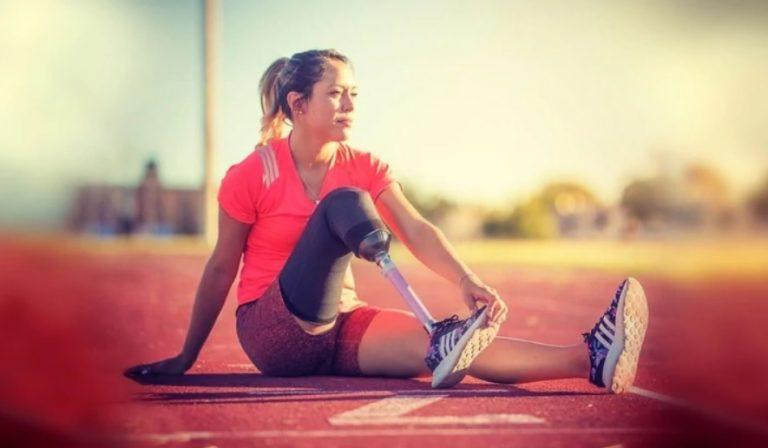 """""""Te perdono"""", el conmovedor mensaje de una atleta que perdió su pierna por un auto que cruzó en rojo"""