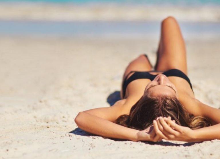 Cómo tomar sol en verano sin aumentar el riesgo de cáncer de piel
