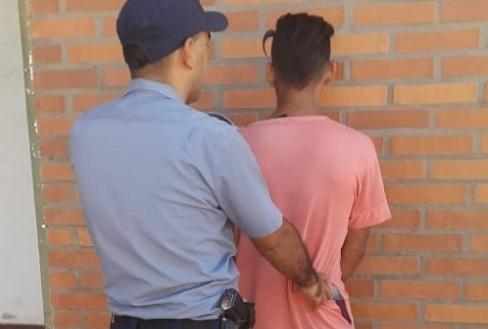 25 de Mayo: robó objetos de una escuela y terminó detenido
