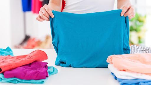 Pandemia: ¿es necesario lavar la ropa después de ir al supermercado?