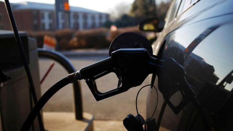Este viernes volverá a subir la nafta: el incremento rondará entre el 5% y 7%