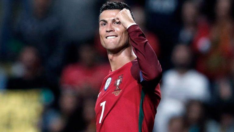 Pandemia: Ronaldo y la selección de Portugal asisten al fútbol amateur en su país