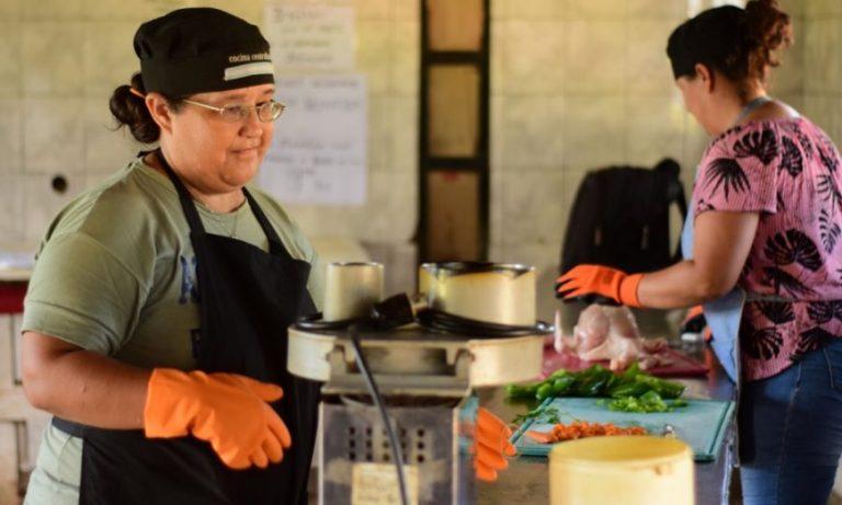 Refuerzan el protocolo de conductas sanitarias para cocinas centralizadas y comedores misioneros