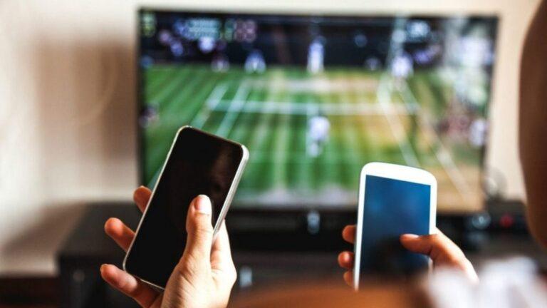 Nación declaró servicio público esencial y congeló las tarifas de celulares, internet y tv paga
