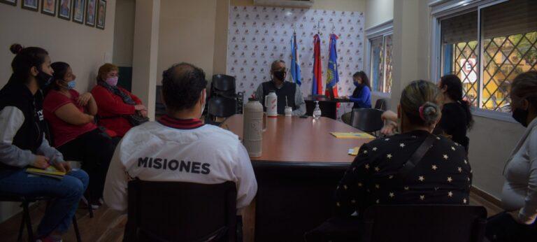 Vecinos del barrio Cerro Pelón solicitaron asesoramiento para avanzar en la regularización dominial