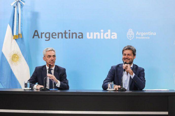 Nación anunció el retorno de vuelos, micros de larga distancia y trenes