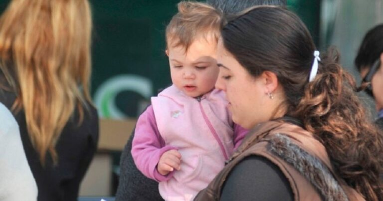 A 11 años de la creación de la AUH, la cantidad de hijos por titular disminuyó
