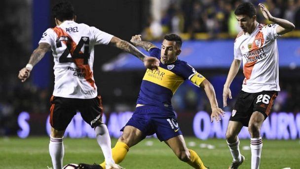 River y Boca juegan desde las 21:30 el primer superclásico del año