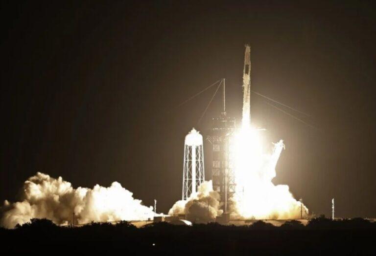 La NASA reveló que un cohete casi choca con un OVNI