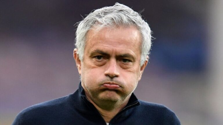 Mourinho fue despedido del  Tottenham