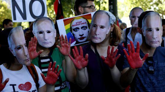 Rusia: Putin prohibió el matrimonio igualitario y cerró el cepo sobre la comunidad LGBT