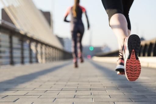 Los riesgos de volver a hacer ejercicio después de haber tenido coronavirus