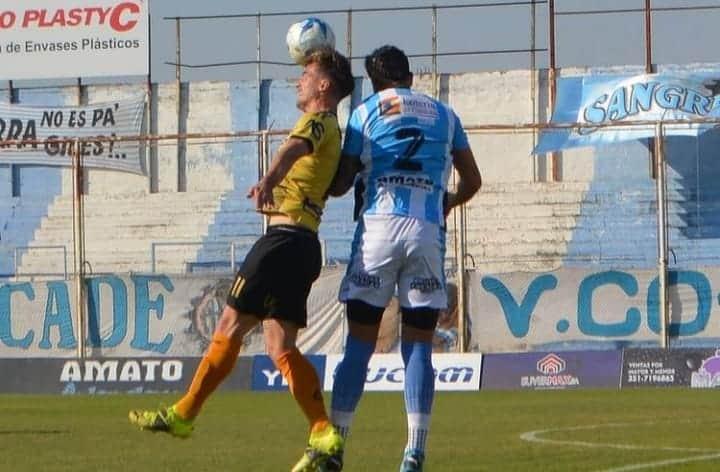 Federal A: Crucero no pudo en su visita a Racing de Córdoba y cayó por 3-0