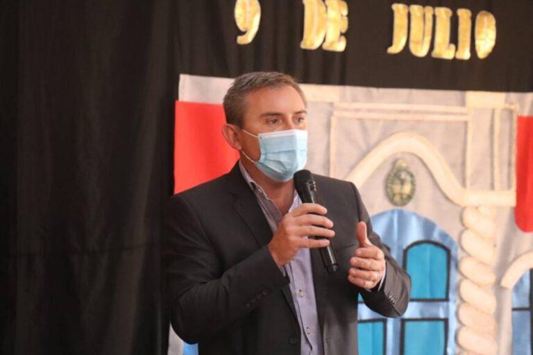 """Sartori llamó a vacunarse """"para protegernos y cuidar a nuestros seres queridos"""""""