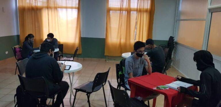 Más de 90 Centros de Apoyo de la provincia continúan activos durante el receso invernal
