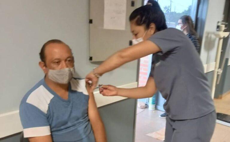 Vacunación antigripal en Posadas: continúa la inmunización en CAPS municipales