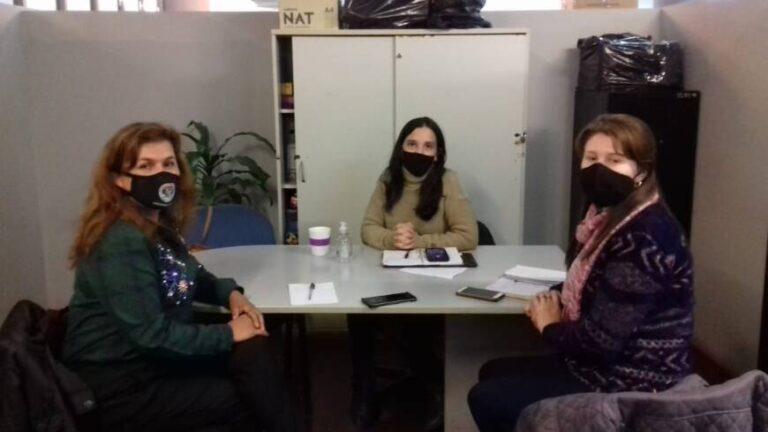 Dictan talleres sobre los derechos de niños y adolescentes en caps posadeños