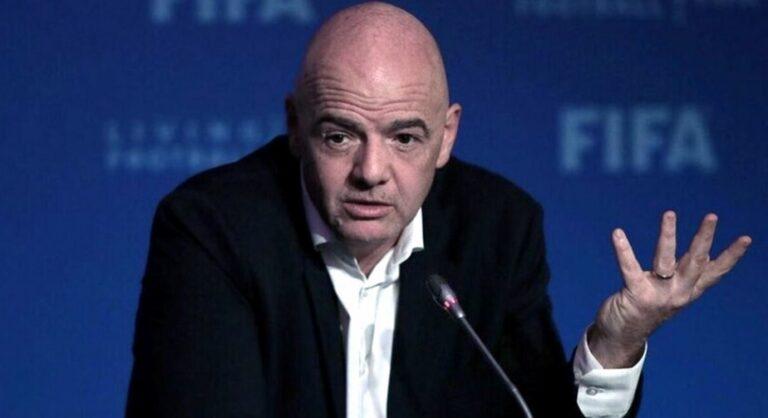 """Fútbol: para Infantino """"fue una locura"""" lo ocurrido en el Brasil-Argentina"""