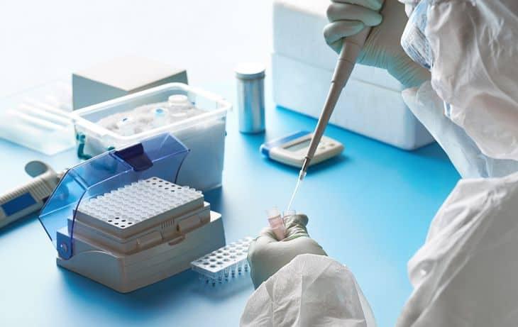 Ahora dicen que el Covid-19 afecta los testículos, las hormonas y la calidad del esperma