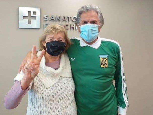 El Pato Filliol y su esposa fueron dados de alta tras la internación por coronavirus