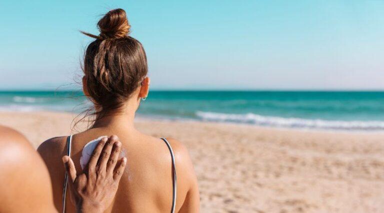 Tomar sol aumenta el deseo y la pasión sexual